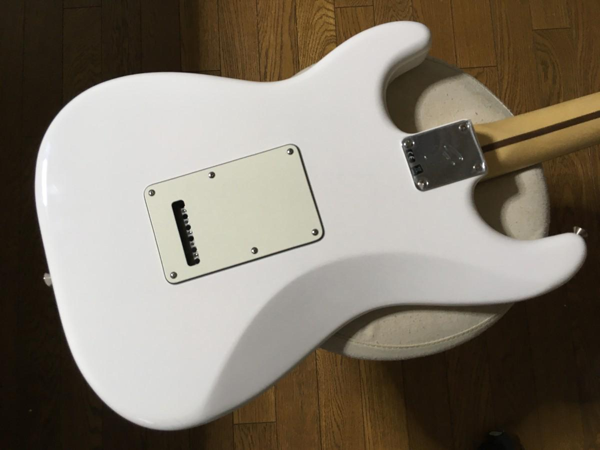 FENDER (フェンダー) / Fender Player Stratocaster Polar White/Pau Ferro