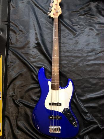 Squier by Fender / Jazz Bass