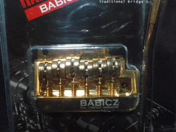 BABICZ / FCH 2-Point Strat Tremolo Gold