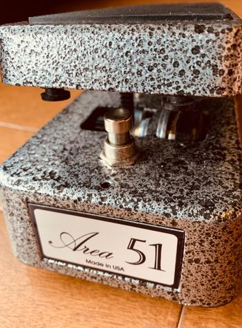 area51  / VINTAGE ITALIAN WAH with Buffer